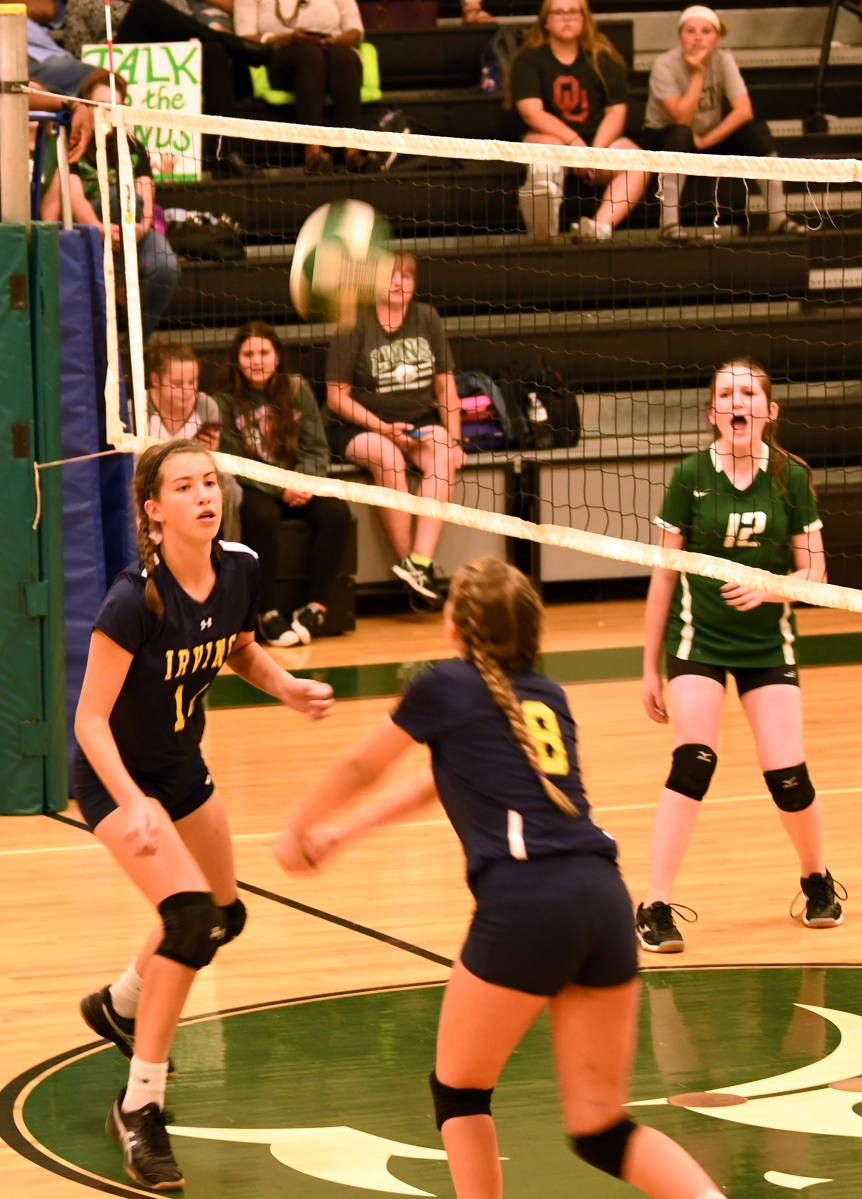 Lady Cougars Spike Down Longfellow – Irving Edition